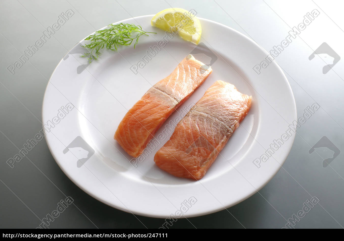 plate, of, fish - 247111