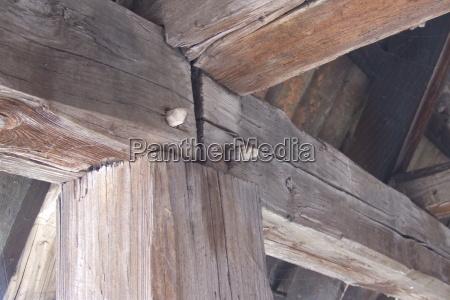 historico viga muralha da cidade carpinteiro
