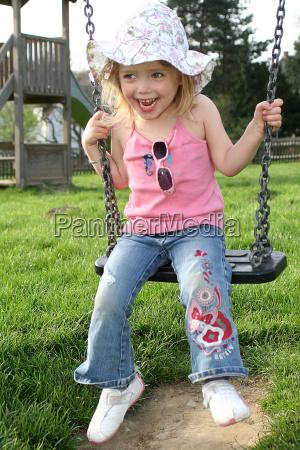 julchen, on, the, swing - 297096