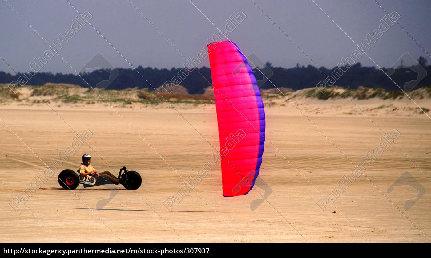 buggy-kiting - 307937