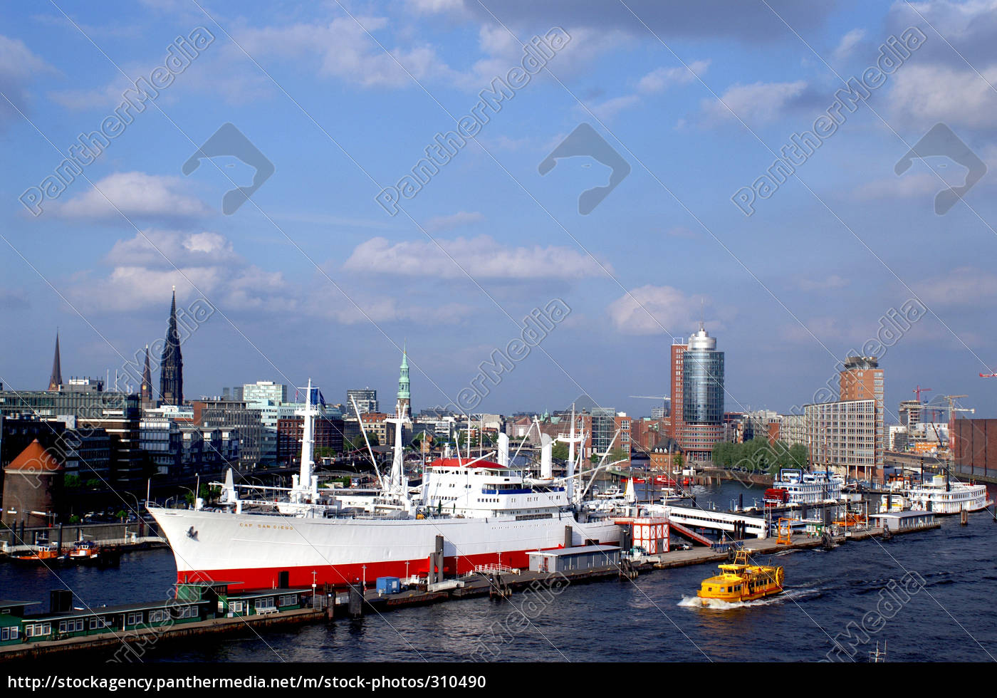 port, of, hamburg: - 310490