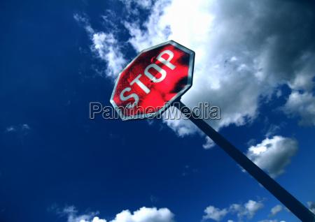 stop - 327371