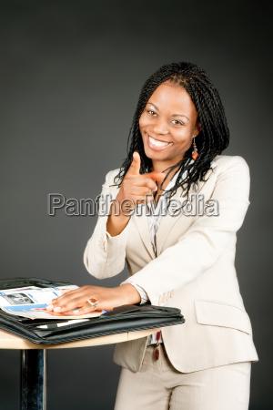 mulher escritorio dedo africa puro atraente