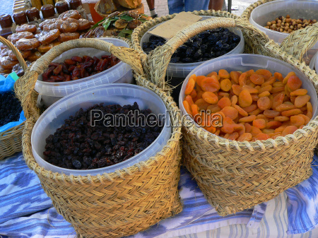 baskets with dried fruit