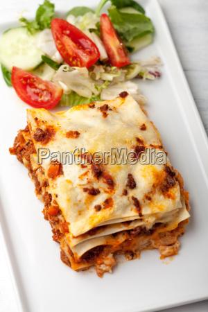 italienische lasagne von oben