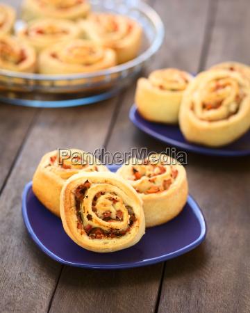 tomato and ham rolls