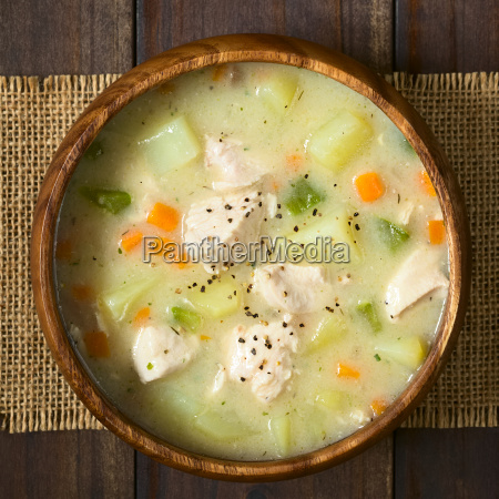 chicken and potato chowder soup