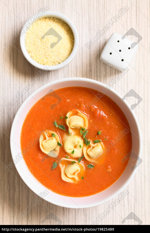 tomato, soup, with, tortellini - 19825489