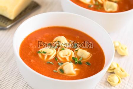 tomato, soup, with, tortellini - 19825497