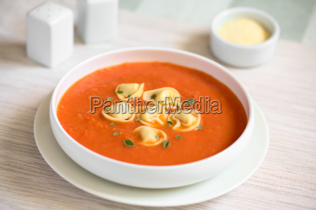 tomato, soup, with, tortellini - 19825509