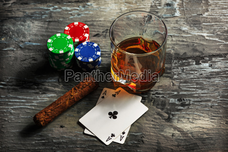 cigar, , chips, for, gamblings, , drink, and - 20225311