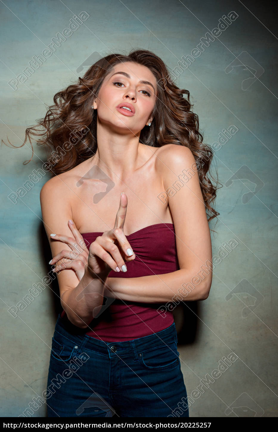 the, happy, woman, on, gray, background - 20225257